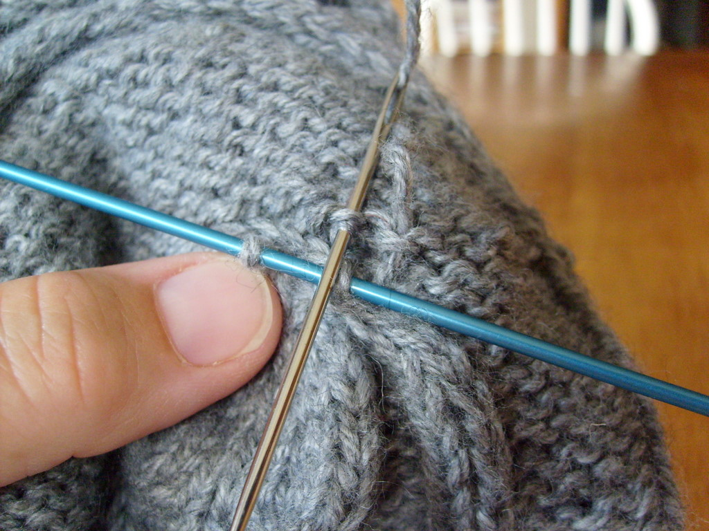 A Tutorial on Combined Kitchener\'s Stitch/Swiss Darning for ...